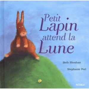 Petit Lapin attend la Lune