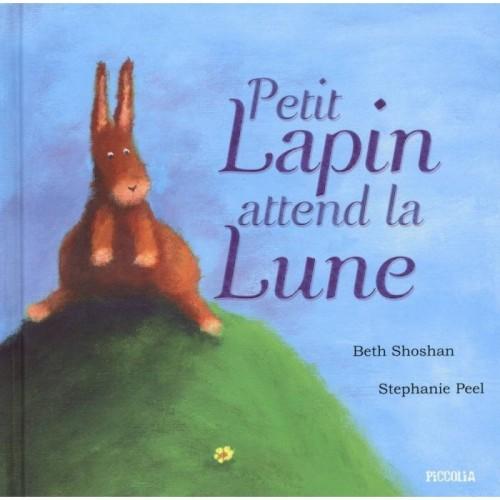 Petit Lapin attend la Lune
